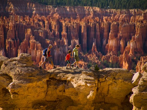 bryce-canyon-family_20468_600x450