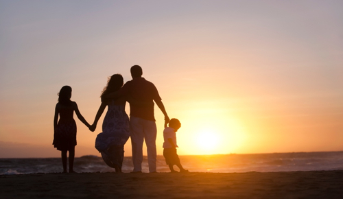 family-sunset-feature