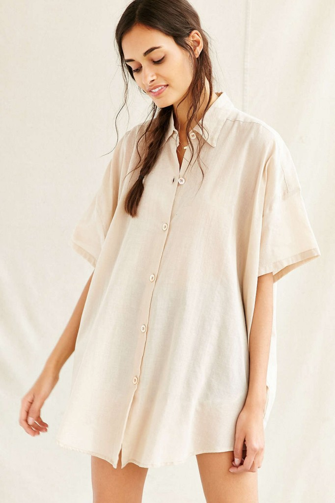bulky blouse fall fashion trend urban outfitters