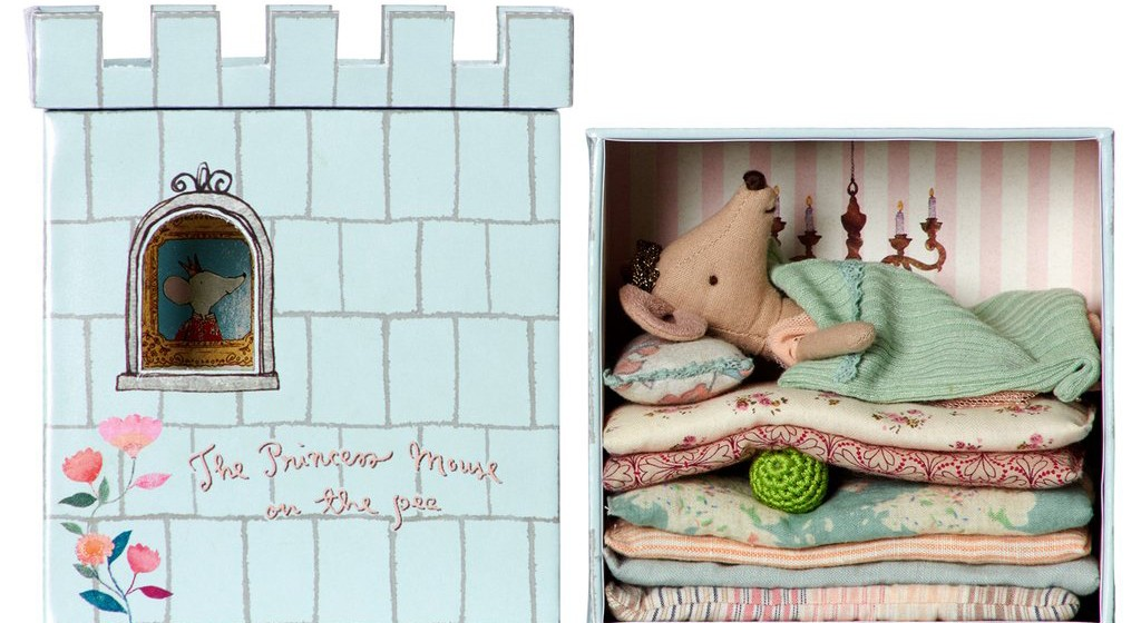 princess-and-pea-mouse-b