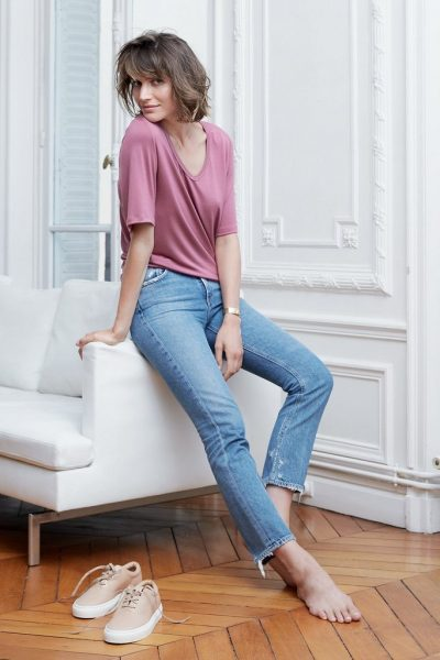 stylish-sustainiable-fashion-jeans-tshirt